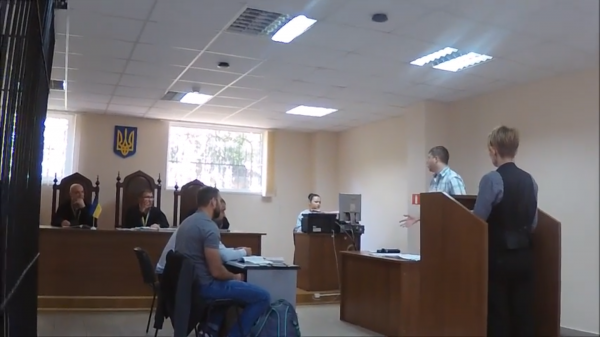 500% надбавки: у справі щодо голови Захарівської РДА допитано свідків